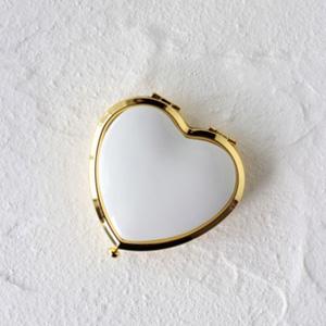 ポーセラーツ白磁:ハート型コンパクトケース (ゴールド)