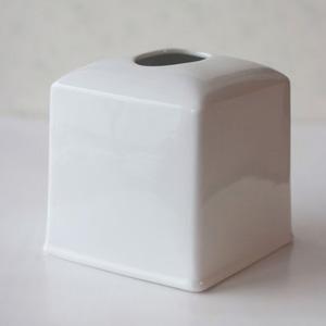ポーセラーツ白磁:スクエアティッシュボックスカバー
